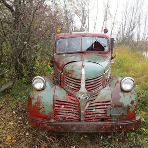 CLASSIC OLD TRUCKS TO RESTORE