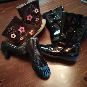 Girls Size 3 - 4 / Shoes size 10 Stratford Kitchener Area image 2