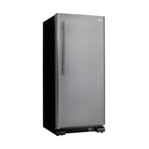 16.7 Cu Ft  Upright Freezer Stainless Duf167a3bsldd