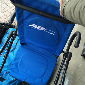 Selling ab lounge Fitness chair- great condition $50obo Windsor Region Ontario image 1