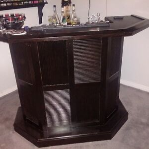 Espresso finish Bar and stools