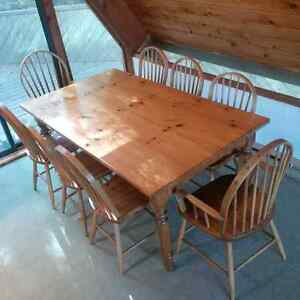 Pine HARVEST DINING TABLE (Does not include Chairs)
