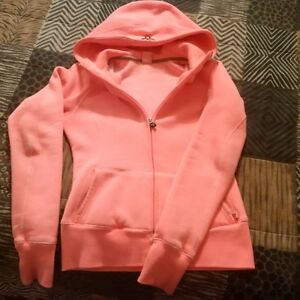** TNA ZIP-UP HOODIE - SMOKE/PET FREE HOME - WORN ONCE **