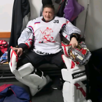 Looking for the team to play as a goalie.