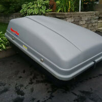 ROOFTOP CARGO BOX KARRITE VOYAGEUR SOLID!! $40 WOW!