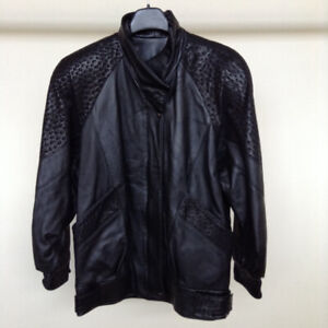 Women's Canadian Leather Jacket – Size Small – Perfect Condition