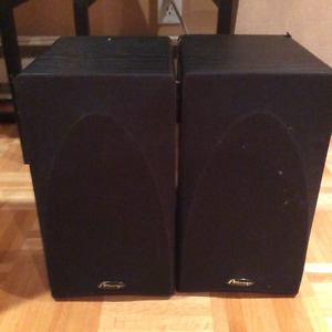 Set of Mirage Loudspeakers FRx-One Floorstanding Speakers