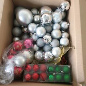 Xmas tree and xmas decorations bargain!