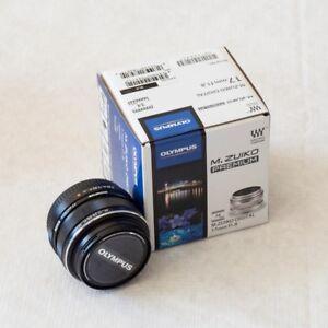Olympus M.ZUIKO PREMIUM 17 mm f1.8 Lens