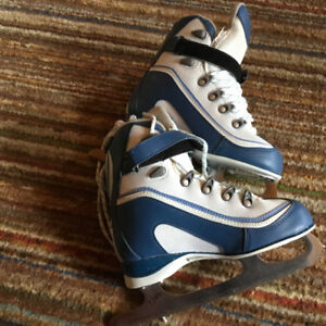 Youth's Figure Skates