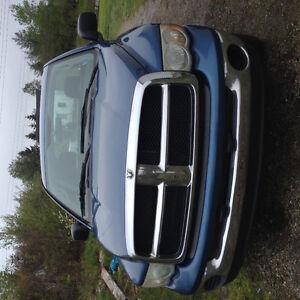 2003 Dodge Ram 1500 Quad cab Long box Pickup Truck