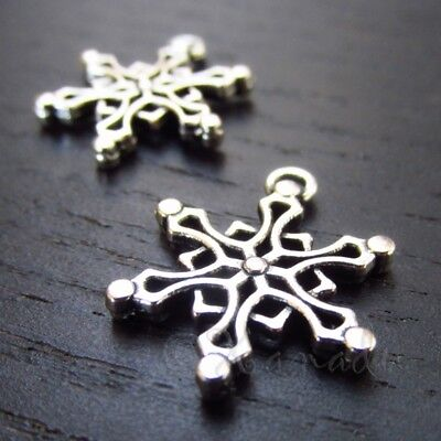 Snowflake Charms - 19mm Antiqued Silver Plated Pendants C3257 - 10, 20 Or (10 Snowflake Charms)