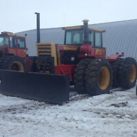 875 Versatile Tractor with Dozer for Sale by owner