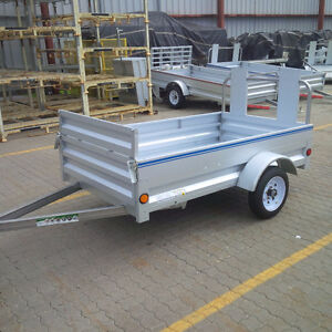 FALL SALE!! Utility Trailer 4' x 7' extendable front gate