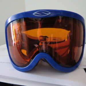 SMITH - CLASSIC SERIES SKI GOGGLES - NEVER WORN