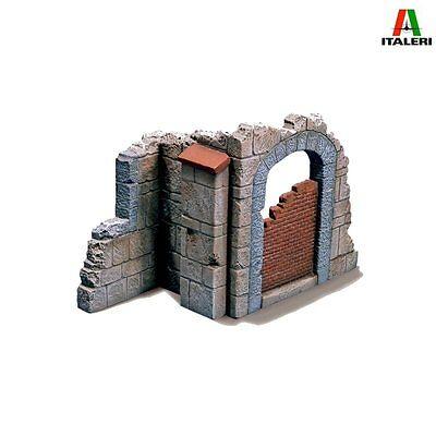 Italeri 0409 Church Door 1/35 plastic scale model kit