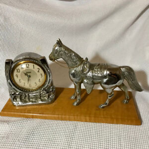 Vintage working 1940s horse clock