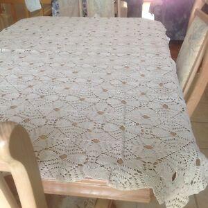 3 nappes crochetées à la main/ 3 handmade tablecloths (crochet ) West Island Greater Montréal image 5