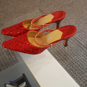 BEAUTIFUL RED SHOES.