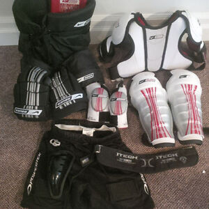 Nike Bauer Hockey Gear Full Set in Excellent Condition