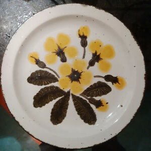 Stonehenge Primula Dinner Plates, 2 for $25