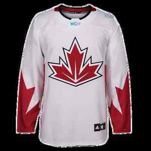 White, World Cup of Hockey Jersey. Mens Large, NEW WITH TAGS