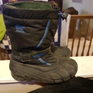 Size 6 youth sorel winter boots