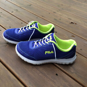 Fila running shoes size 7