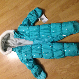 Carters brand new snowsuit 18 months