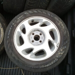 """Mags Saturn 15"""" 4x100 15 po"""