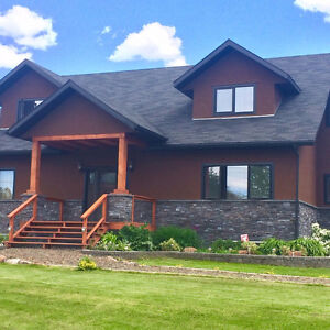 FALL 2018 $400 a night 8 BRMS/ LUXURIOUS COTTAGE/ Near Fernie BC