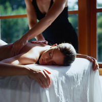 Revitalizing Massage with Essential Oil Therapy