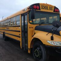 SCHOOL BUS DRIVERS NEEDED TO TRAIN IMMEDIATELY!