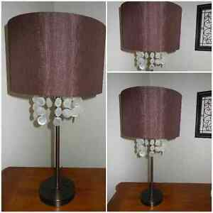 $25....Lampe Table
