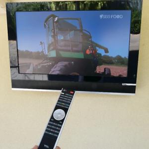 TCL 32 inch HD LED TV