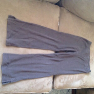 Girl's size 6 jeans and pants London Ontario image 4