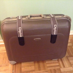 Two Strong & Light Diplomat Hardsided Travel Luggages / Valises