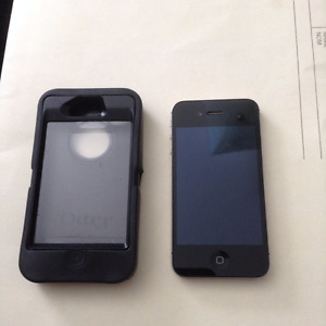 I-Phone 4S incuding Otter Box