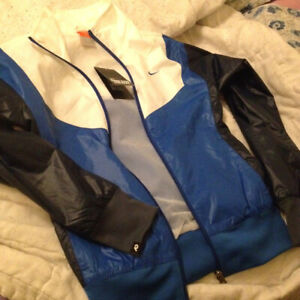 NIKE BRAND NEW JACKET WITH TAGS