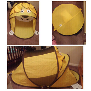 Lion play tent