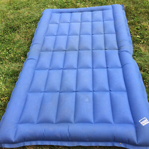 FOR SALE SINGLE SIZE CAMPING AIR MATTRESS