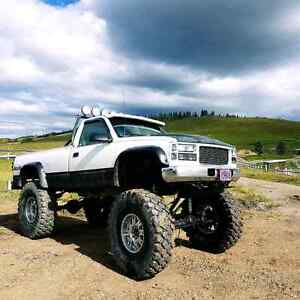 """Chevy Cummins on 53"""" military tires! MONSTER TRUCK!!"""
