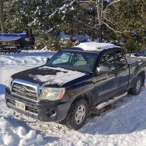 2008 Toyota Tacoma Extra Cab Pickup Truck