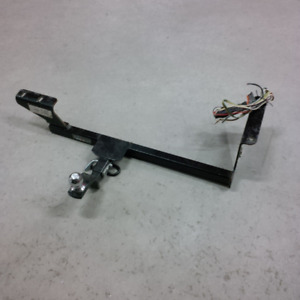 Attache remorque Hidden Hitch pour Volkswagen