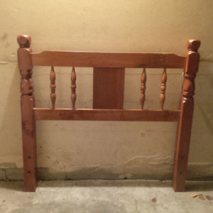 Twin Wood Bed Frame & Thin Box Spring