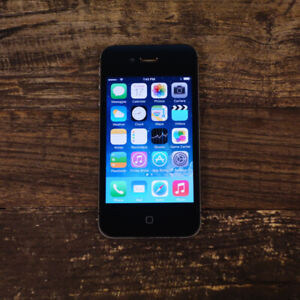 LIKE NEW IPhone 4S 32GB +ALL Accessories+Unlocked -ONLY $50