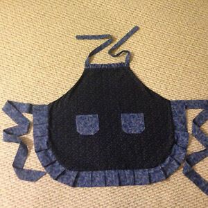 Cute Ruffled apron new hand made Cambridge Kitchener Area image 7
