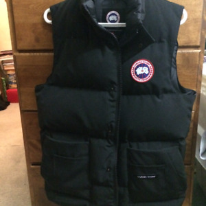 Canada Goose Men's Freestyle Vest BLACK (M)