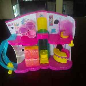 Shopkins - The Ultimate Collection and Accessories Set Windsor Region Ontario image 6