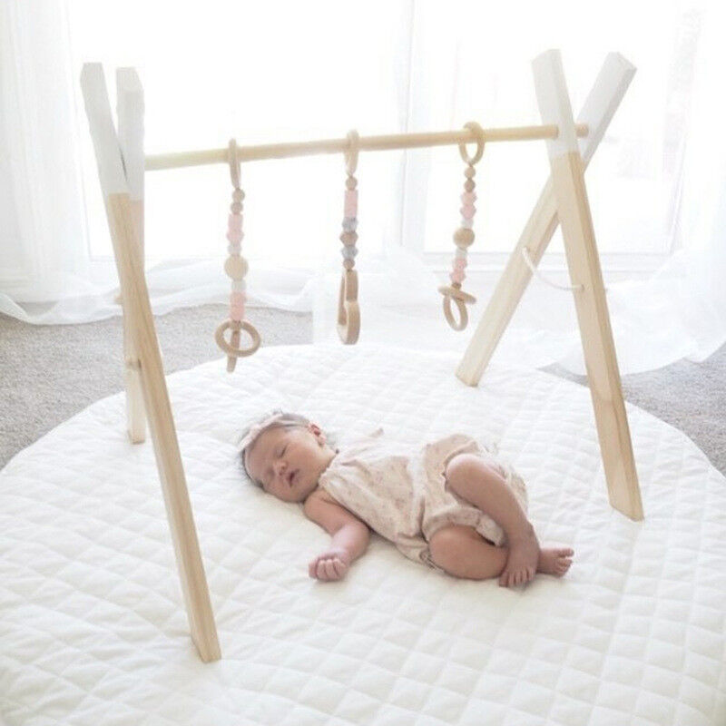 Fun Hanging Toys Mobile Wood Rack